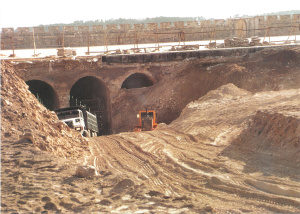 Escavação em frente aos Estábulos de Salomão (1999)